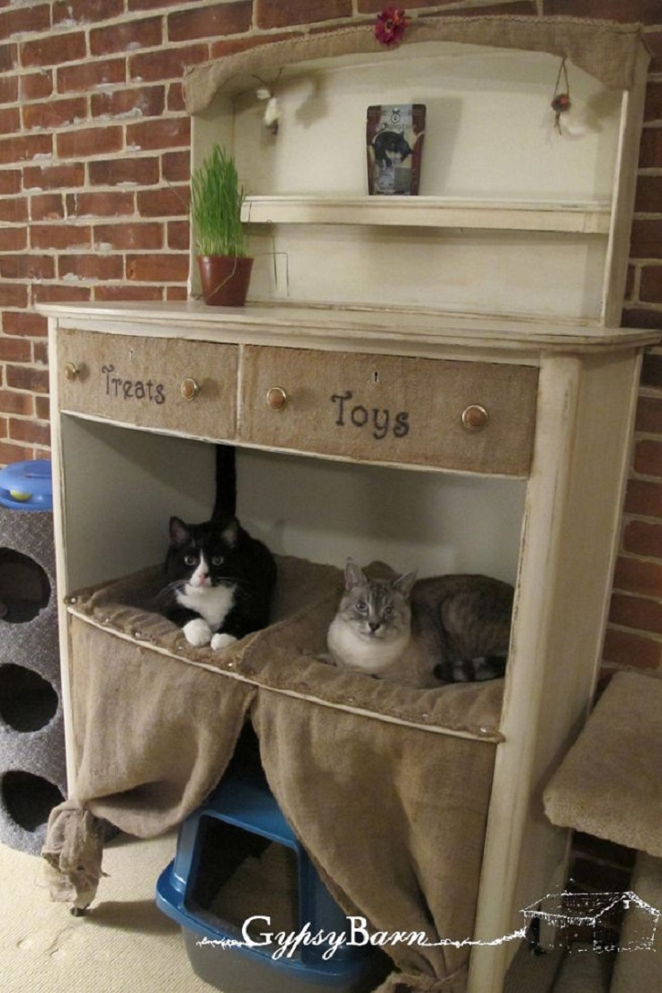 top 10 ways to repurpose old furniture for your pet top inspired. Black Bedroom Furniture Sets. Home Design Ideas
