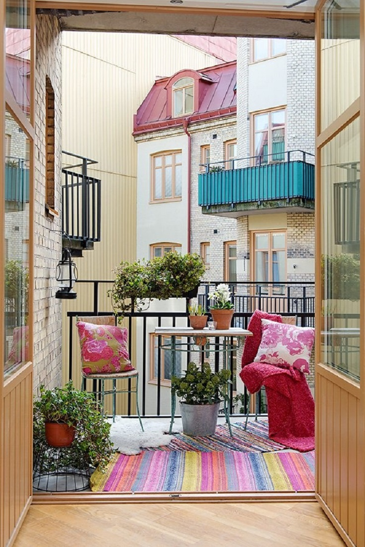 Colorful-Outdoor-Decor