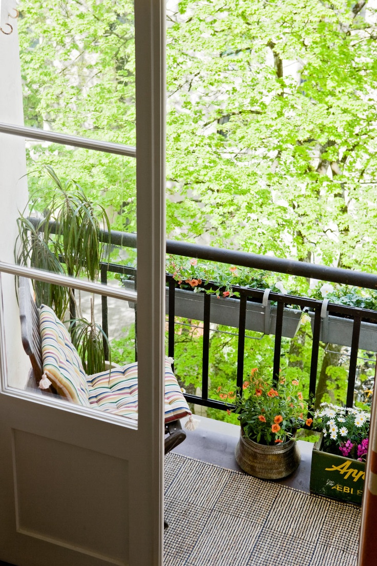 Compact-Terrace-Decor