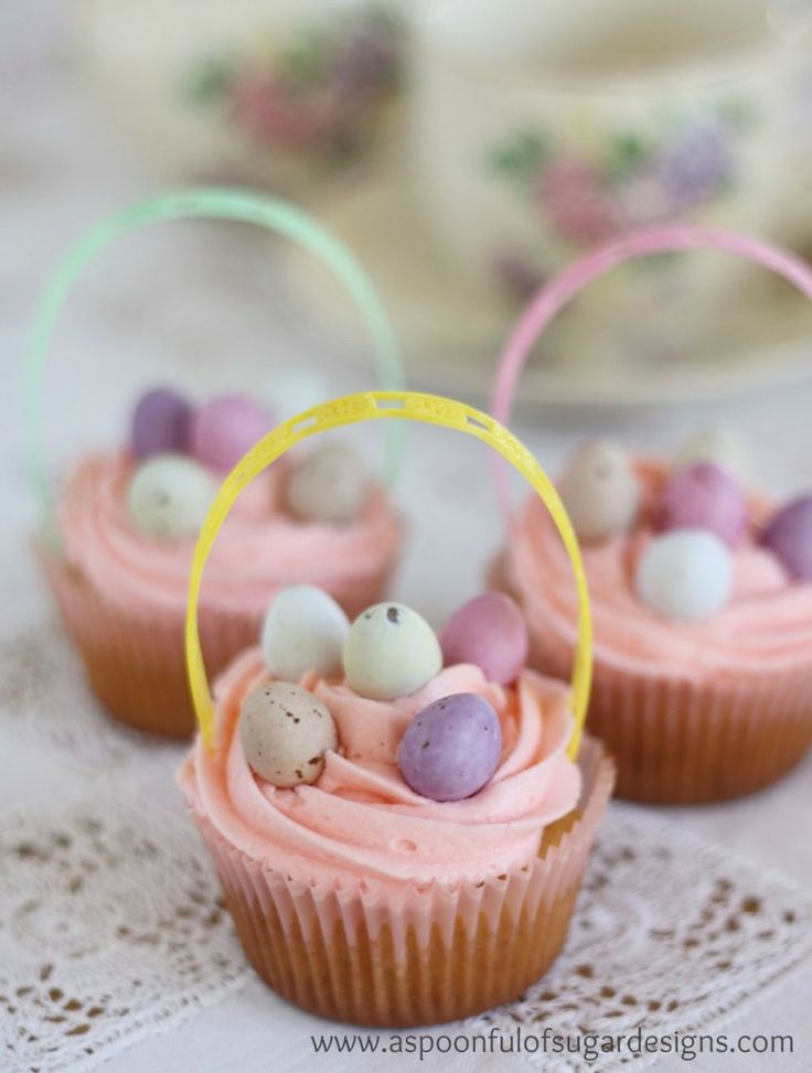 Top 10 Cutest Easter Cupcakes