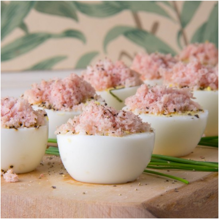 Hard-Cooked-Eggs-with-Basil-and-Fluffy-Ham