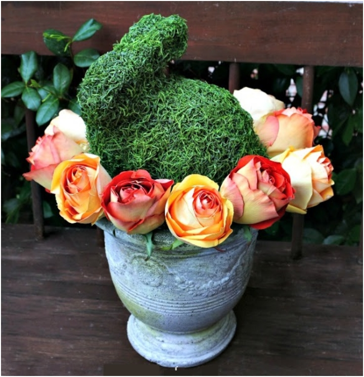 Moss-Bunny-and-Roses-Centerpiece