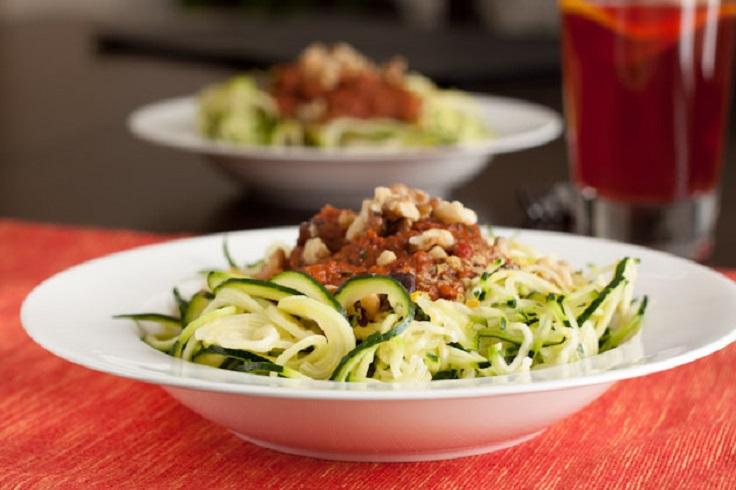 Raw-Tomato-Basil-Zucchini-Pasta