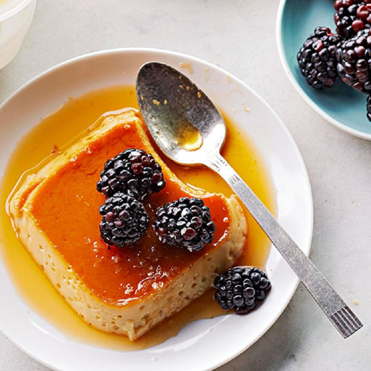 Salted-Caramel-Flan-with-Blackberries