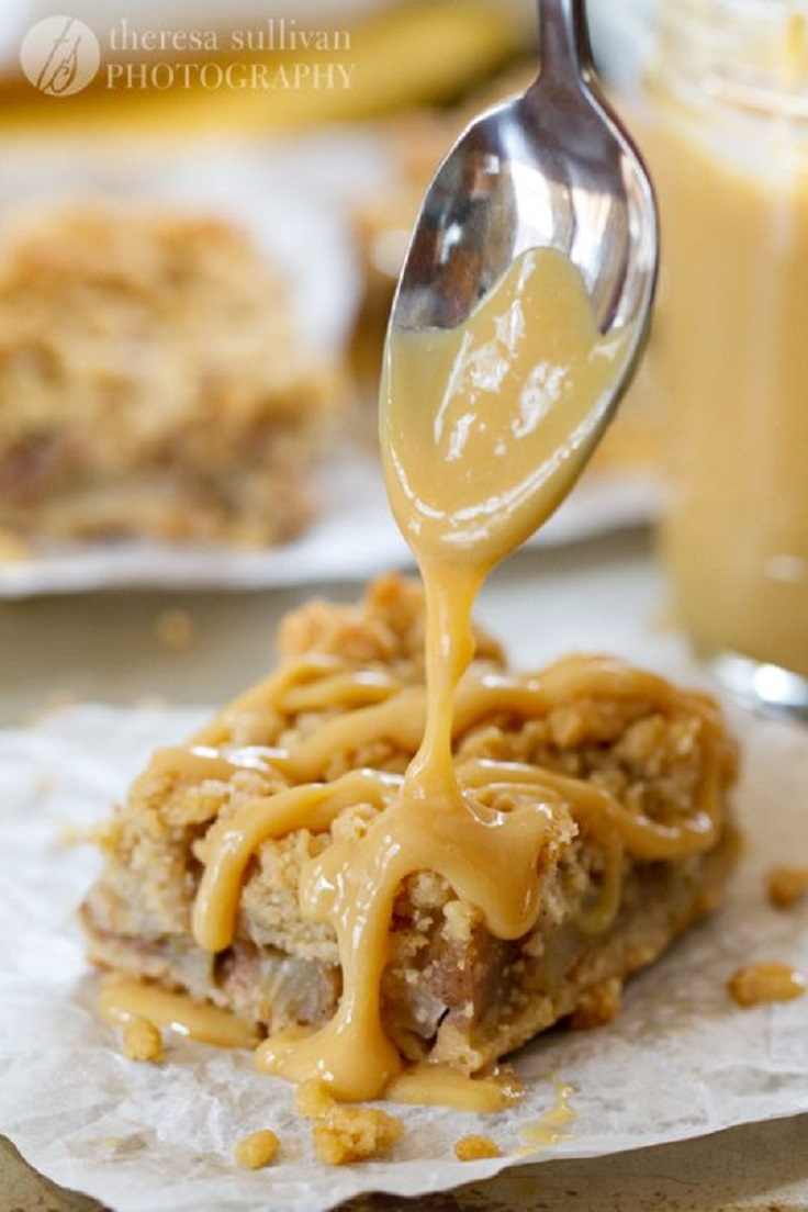 Spiced-Pear-Crumb-Bars-With-Dulce-de-Leche