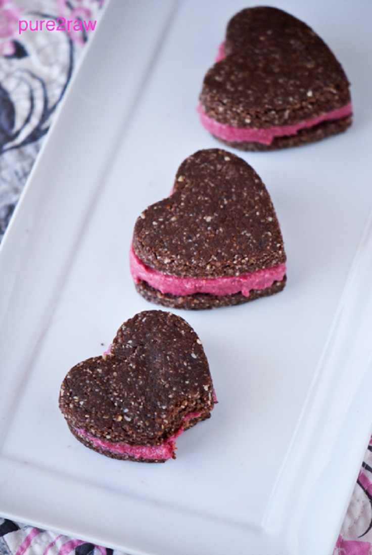 pink-heart-cookie-sandwich