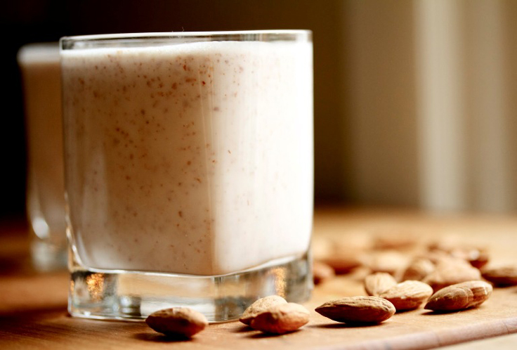 top-10-reasons-why-you-should-drink-almond-milk_011