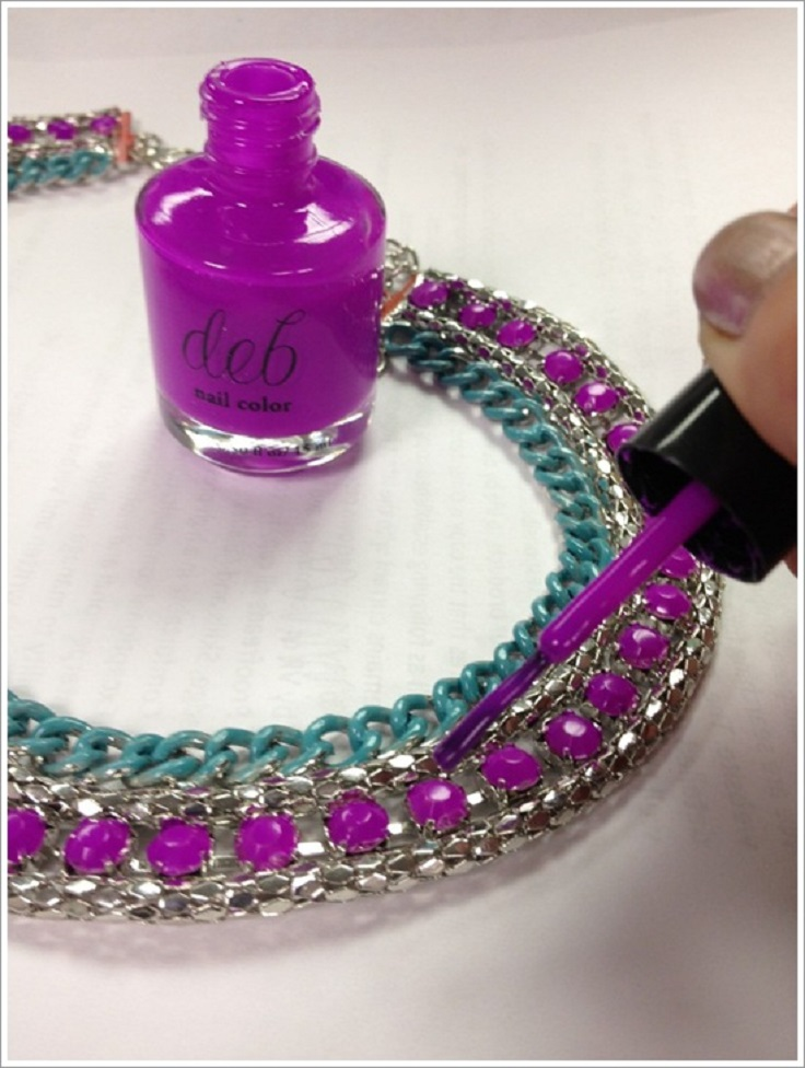 Instantly-change-the-color-of-costume-jewelry-with-nail-polish