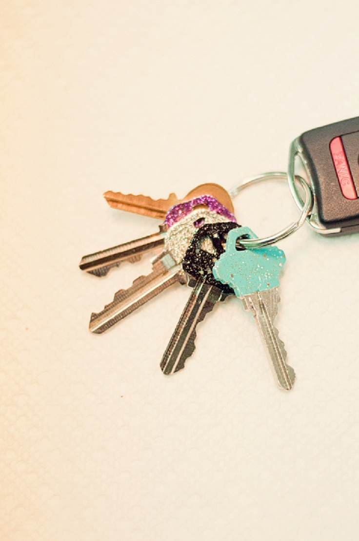 Paint-your-keys-so-that-you-can-tell-which-key-is-for-which-lock1