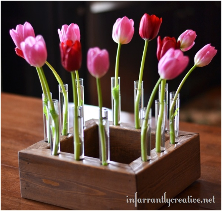 Floral-Centerpiece-With-Tulips