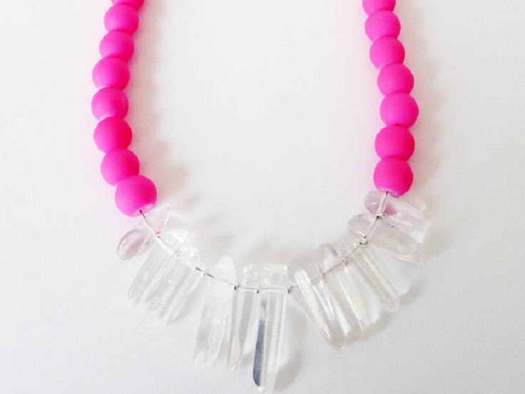 Neon-Quartz-Necklace