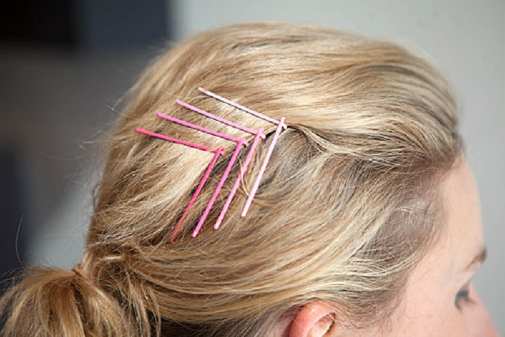 Pin-your-bangs-back-with-a-cool-ombré-chevron-bobby-pin-design