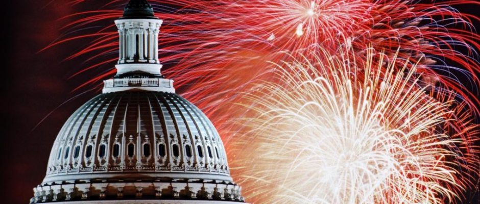 Top 10 Best 4th of July Fireworks shared on Instagram | Top Inspired
