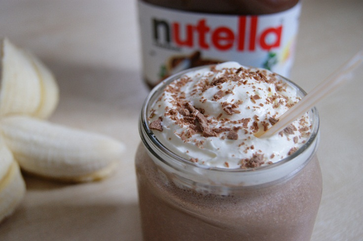 Banana-and-nuttela-milkshake