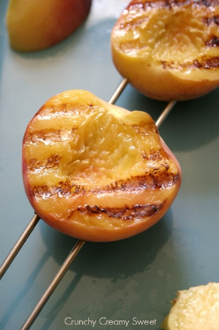 Grilled-Peach-and-Sriracha-BBQ-Sauce