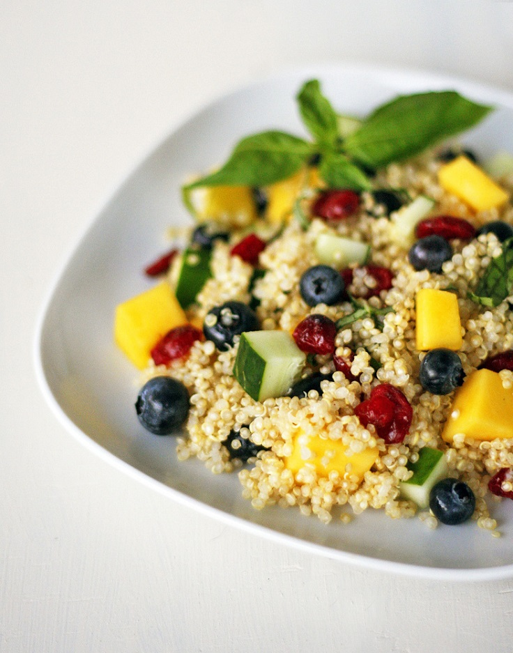 Mango-Blueberry-Quinoa-Salad-2