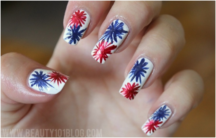 Red-And-Blue-Fireworks-And-Dotted-Nails