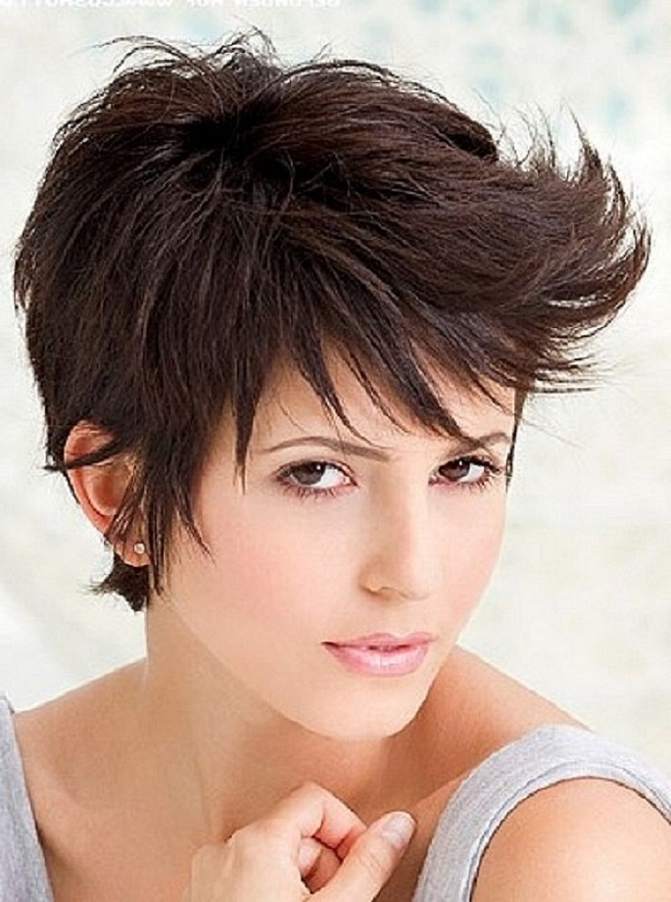 top 10 fashionable pixie haircuts for summer top inspired. Black Bedroom Furniture Sets. Home Design Ideas
