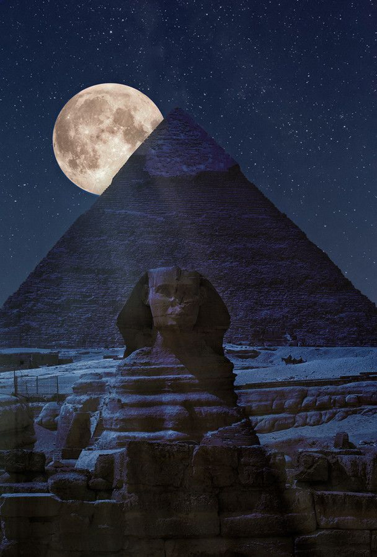 The-Pyramids-of-Giza-and-The-Sphinx