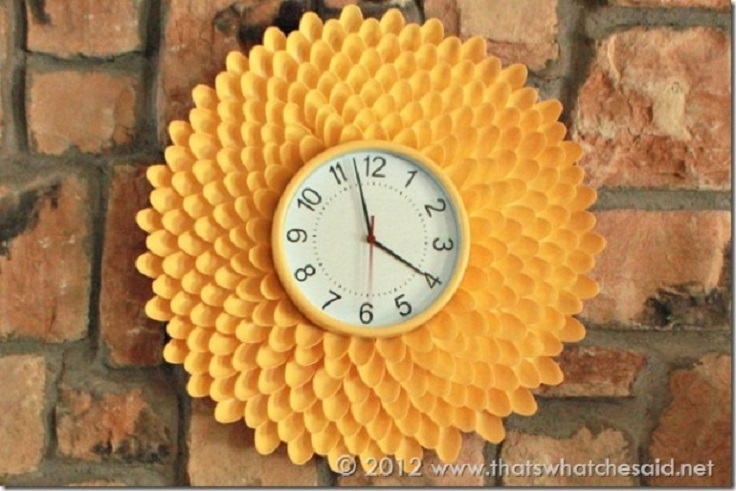 Chrysanthemum-Clock