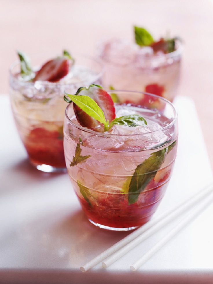 top 10 fantastic fresh fruit alcoholic cocktails
