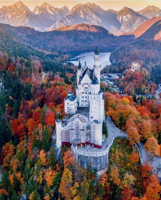 Neuschwanstein-Castle-Germany-1