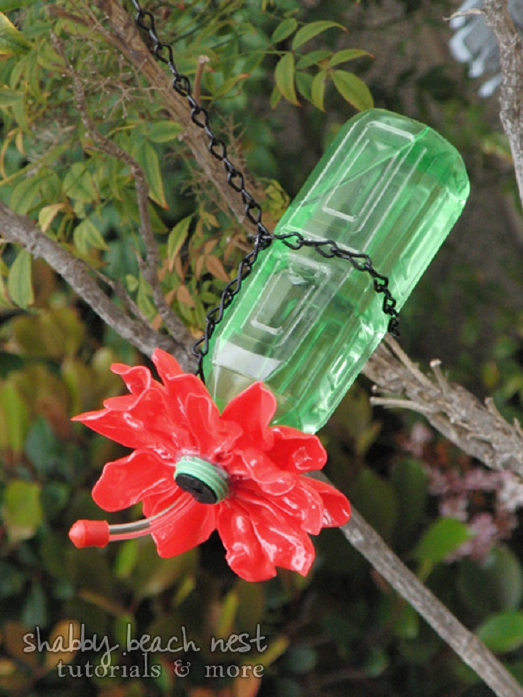 Plastic-Spoon-Bottle-Hummingbird-Feeder