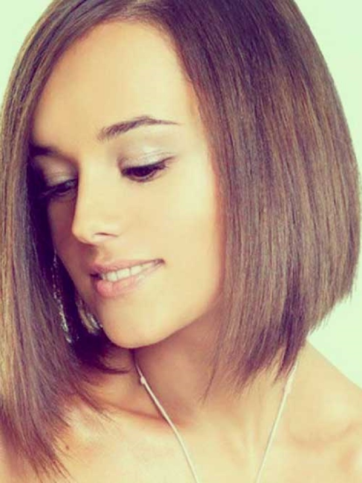 Short-Straight-Hairstyle
