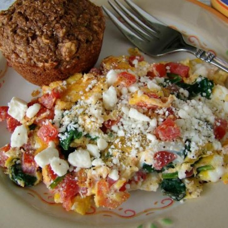 Spinach-Tomato-Scrambled-Egg-With-Feta-Cheese
