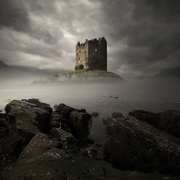 Stalker-Castle-Scotland
