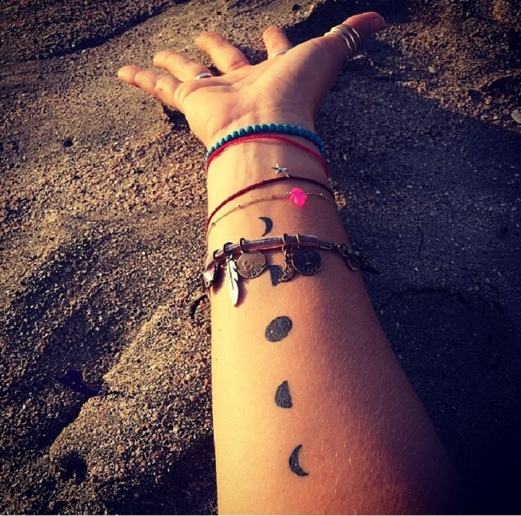 moon-shapes-tattoo