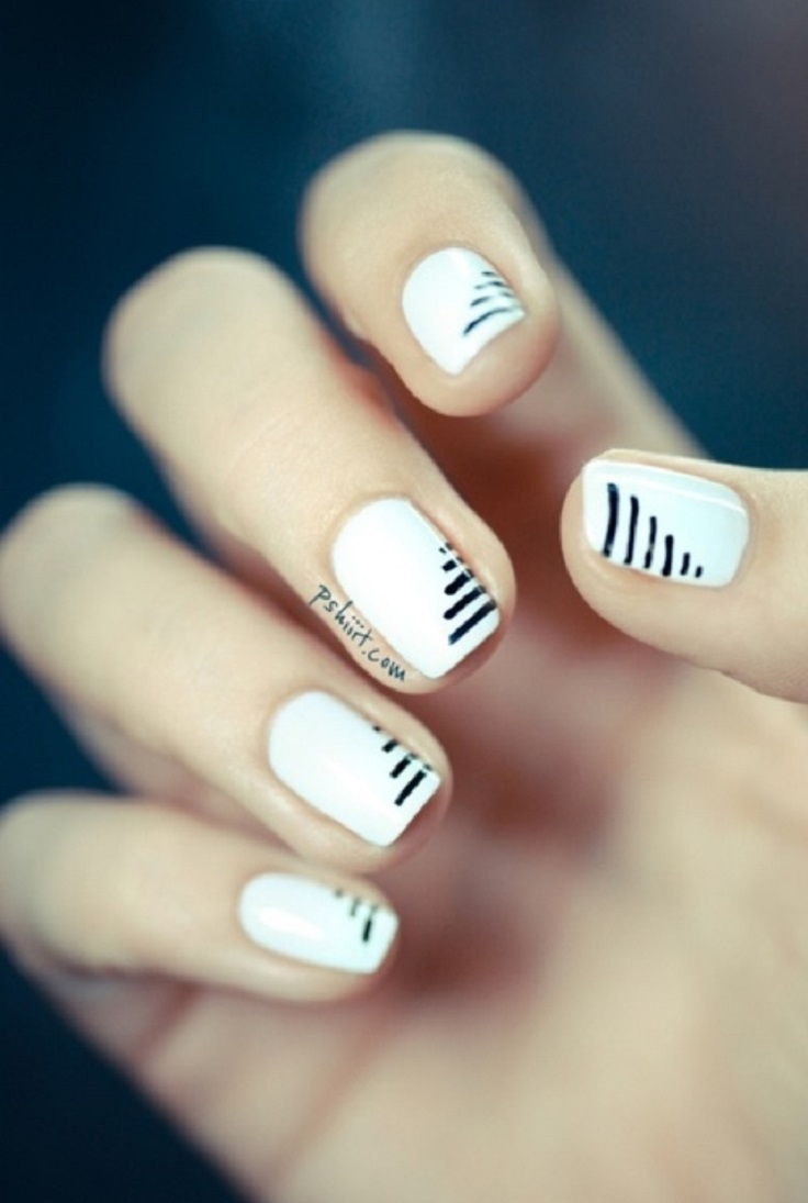 white-nails-with-black-streaks-6
