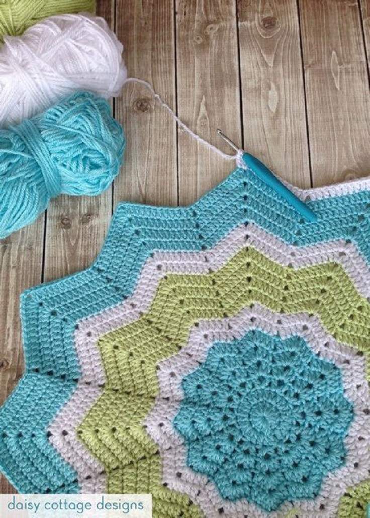 Turquoise-and-Lime-Crochet-Star-Blanket