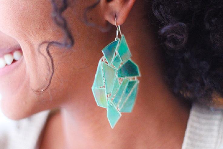 diy-old-cd-earrings