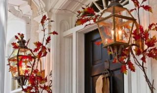 Cute and Inviting Fall Door Decoration