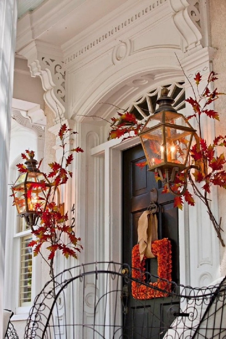 Cute-and-Inviting-Fall-Door-Decoration