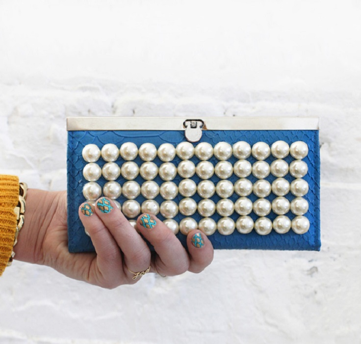 diy-pearl-clutch