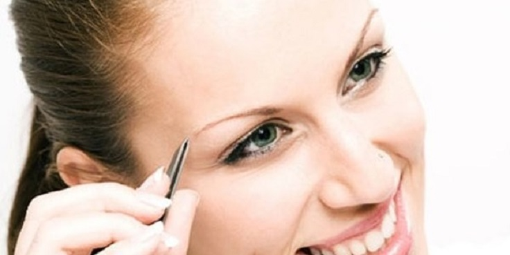 over-plucking-eyebrows