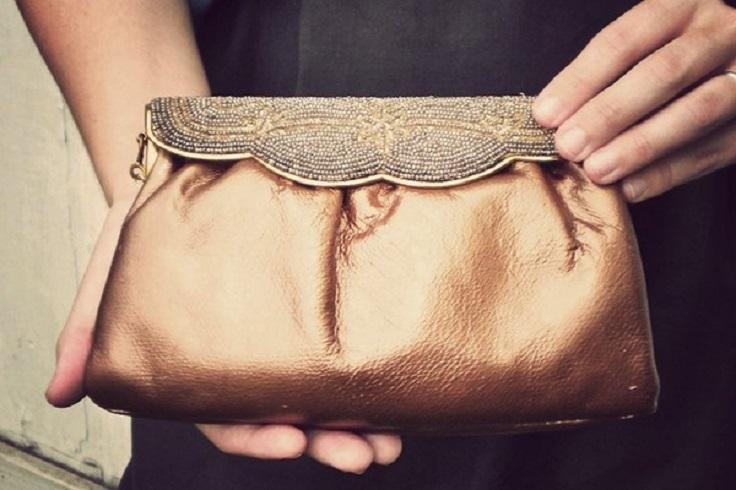 vintage-glam-clutch