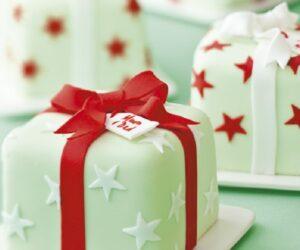 Top 10 Cranberry Cake Recipes for Christmas