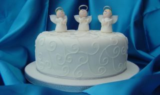 Angel Christmas cake