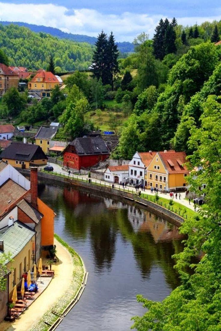 Cesky-Krumlov-Czech-Republic