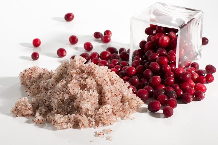 Top 10 DIY Cranberry Beauty Products