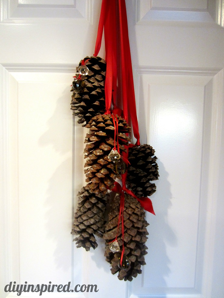 Top 10 diy must haves this christmas top inspired for What to do with pine cones for christmas