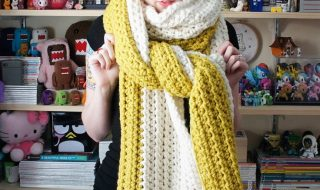 Large Scarf Pattern