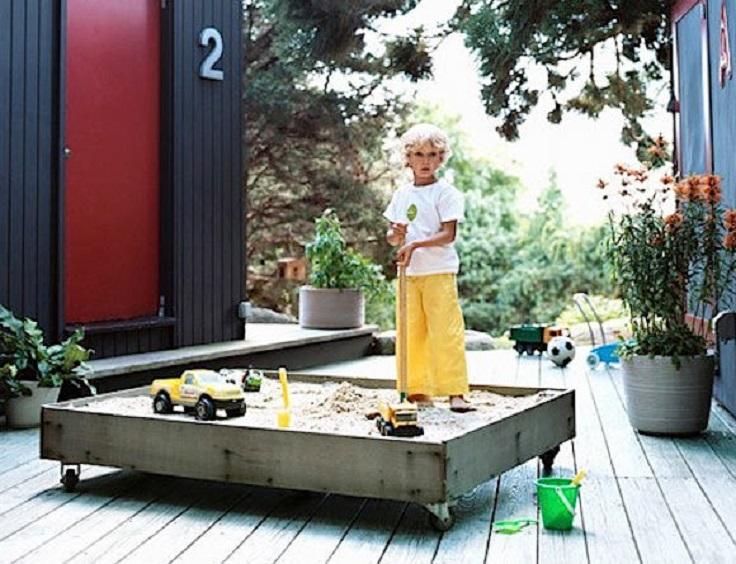 Modern-Sandbox-on-Casters