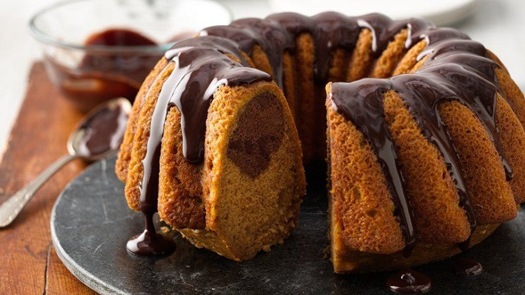 Pumpkin-Chocolate-Swirl-Cake-with-Chocolate-Ganache