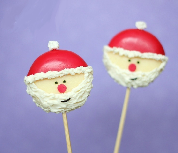 Santa-Cheese-Appetizers-on-a-Stick