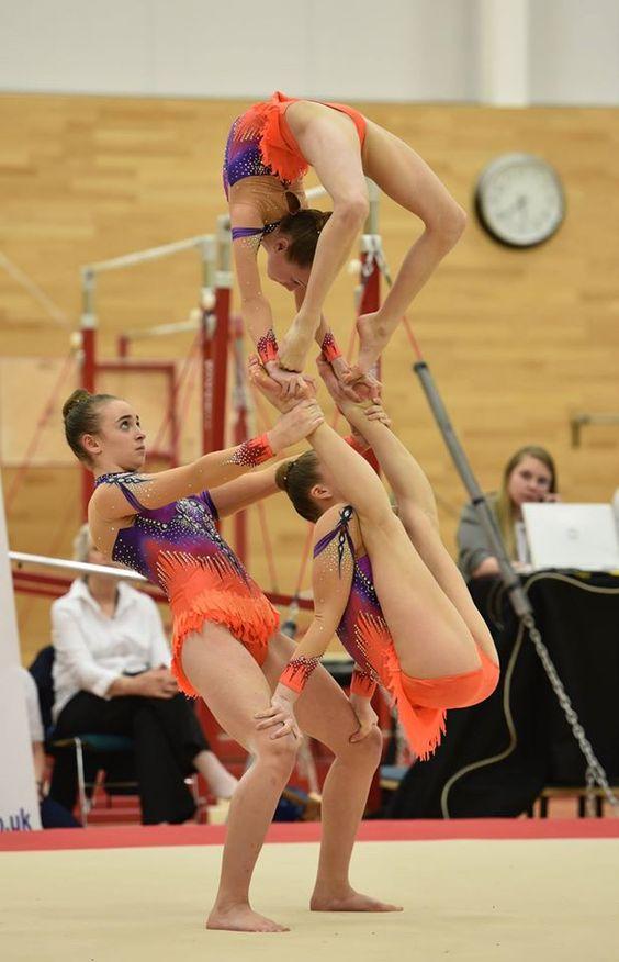 acrobatic-dancing-