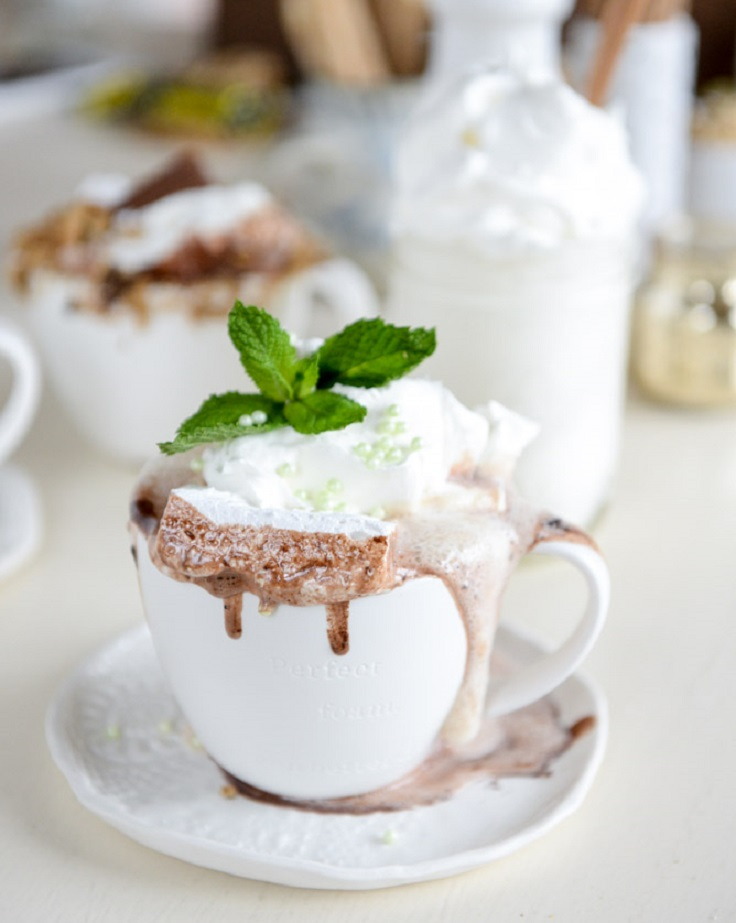 mint-white-hot-chocolate